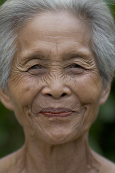 elder-asian-woman